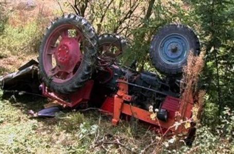 Un bărbat din Neamţ a murit călcat de tractor