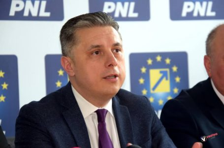 """Mugur Cozmanciuc, președinte PNL Neamț: """"Guvernul PNL lansează programe pentru companiile mari și IMM-uri!"""""""