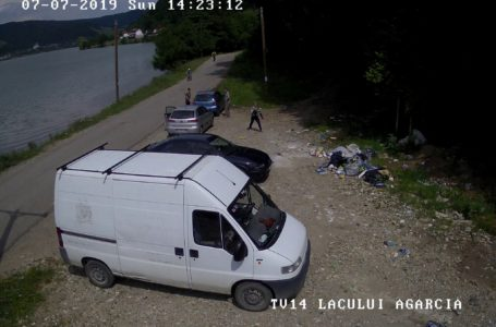 Primarul Ion Rotaru a publicat o listă cu 21 mașini din care s-au aruncat gunoaie (foto-galerie)