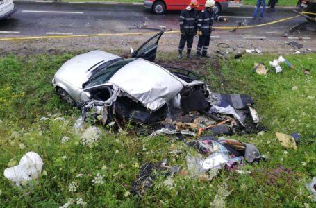 Imagini șocante de la accidentul produs la Tașca (foto-galerie)
