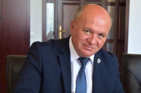 Primarul Dragoş Chitic a semnat trei proiecte în valoare de 7 milioane de euro cu finanţare europeană