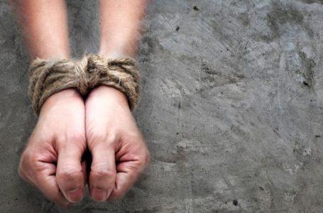 """Anunț terifiant la 112 din partea unei tinere de 15 ani, din Piatra-Neamț: """"Sunt răpită și legată de mâini!"""""""