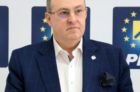 """Eugen Țapu-Nazare: """"În Moldova, oamenii sărută asfaltul,  pentru că PSD îi ține captivi în praf și sărăcie"""""""