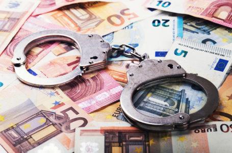 Opt suspecţi de evaziune fiscală au ajuns pe mâna poliţiştilor nemţeni