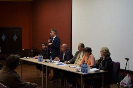 """Cozmanciuc (președinte PNL Neamț): """"Legea asociațiilor de proprietari trebuie modificată în sprijinul oamenilor. Mă voi implica!"""""""