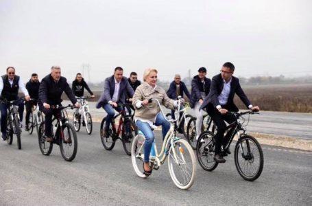 """Deputatul Bulai, către """"biciclista"""" Dăncilă: """"Vrem autostrăzi pe bune, nu PR pe biclă!"""""""