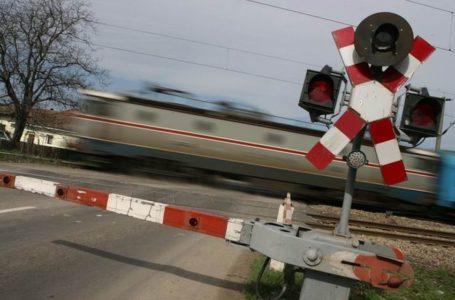 Atenție la tren! Și la polițiștii rutieri din Neamț care joi supraveghează trecerile la nivel cu calea ferată!