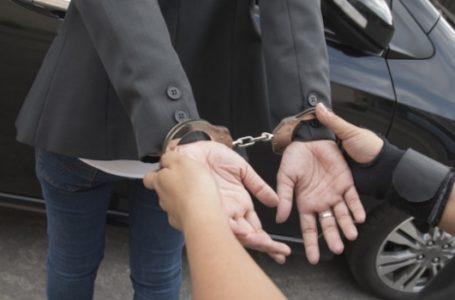Un traficant de minori, condamnat la 10 ani de închisoare, a fost prins la Piatra-Neamț