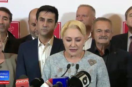 """Dăncilă îl contrazice pe Arsene: """"Nu cred că domnul președinte Iohannis avea cască în ureche!"""""""