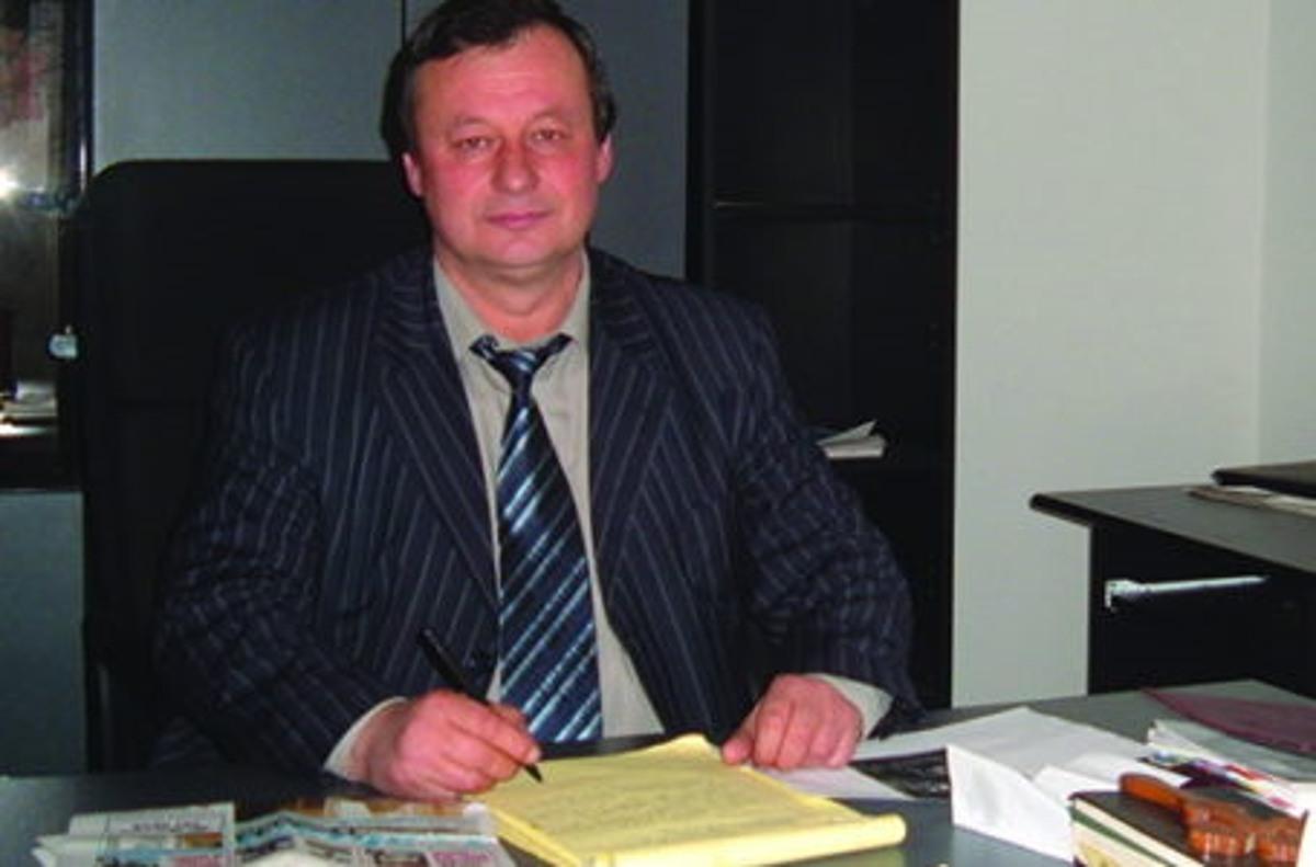 A murit primarul comunei Tazlău. Soția lui s-a sinucis acum 4 ani.