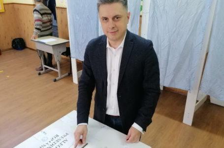 """Mugur Cozmanciuc (PNL Neamț): """"Am votat cu gândul ca românii din diaspora să se întoarcă acasă, în România normală"""""""
