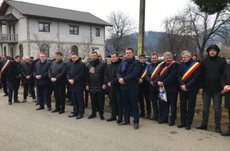 Echipa PNL Neamț, la căpătâiul primarului de Tazlău