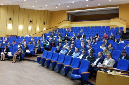 Care sunt instituțiile din Neamț cu schimbări certe de directori