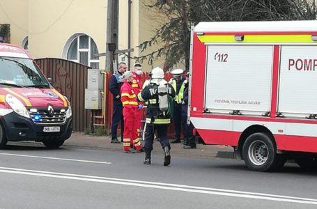 ALERTĂ Două persoane găsite decedate într-o casă din zona Gării Piatra-Neamț (foto-galerie)