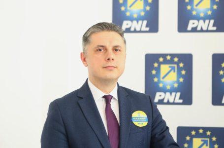 """Președintele PNL Neamț, Mugur Cozmanciuc: """"Guvernul PNL alocă bani pentru dezvoltarea rețelelor de distribuție a gazelor naturale"""""""