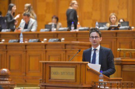 """Ultimatum dat de Iulian Bulai (USR) către PNL: """"Altfel votez moțiunea!"""""""
