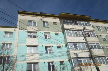 Asociație de proprietari din Piatra-Neamț, amendată de Poliția Locală