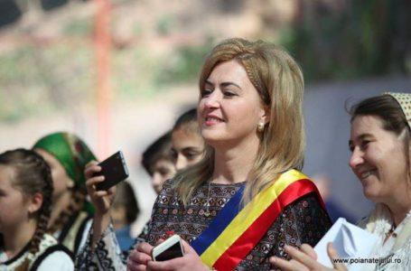 Revoltă la Poiana Teiului! Contre primar-viceprimar pe închiderea temporară a Școlii din Petru-Vodă!