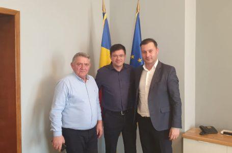 Prefectul PNL George Lazăr îl ajută pe primarul PSD de la Bicaz Chei să rezolve probleme administrative