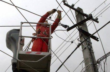 Peste 5.000 de familii din Neamț nu au energie electrică! Și furnizarea apei e sistată!