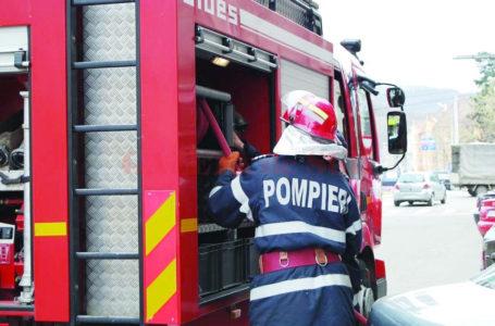 Incendiu intr-un apartament din Piatra-Neamț! Cauza – o oală uitată pe aragaz!