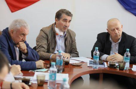 """Președintele CJ Neamț: """"La începutul lunii aprilie avem aparatul pentru teste Covid-19"""""""