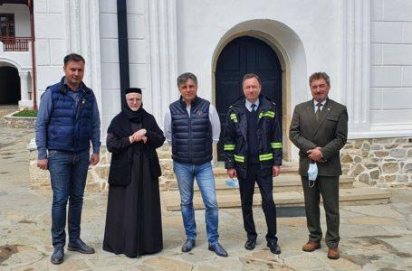 Sprijin pentru maicile de la Mănăstirea Agapia după incendiul de marți