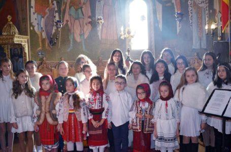 Îngerii de la Allegria Music Jr. vă urează Sărbători de Paști binecuvântate! Hristos a înviat! (video)