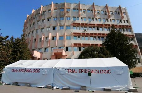 Cine ține blocate 888 paturi din Spitalul Județean Neamț cu doar 47 cazuri de COVID?!
