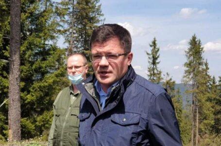 """Ministrul Costel Alexe, descindere la un ocol silvic unde a dispărut lemn de 90.000 euro! """"Vreau să îi văd la pușcărie!"""""""