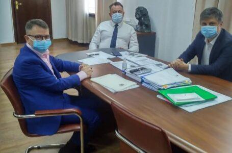 """Mugur Cozmanciuc, după întâlnirea cu ministrul Sănătății: """"Aparatul pentru recoltarea plasmei va funcționa și în Neamț!"""""""