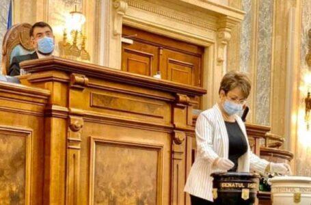 """Senatorul Emilia Arcan: """"Într-o democrație normală, ministrul Adrian Oros trebuia să fie demis după ce a picat testul moțiunii!"""""""