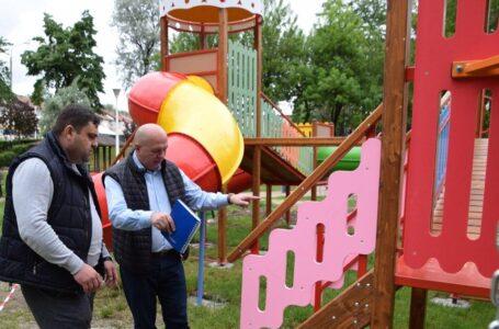 Lucrări de reabilitare și modernizare a locurilor de joacă din Piatra-Neamț