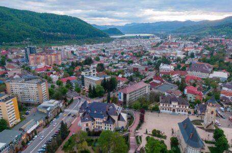 Zece milioane de euro pentru 10 unități de învățământ din Piatra-Neamț