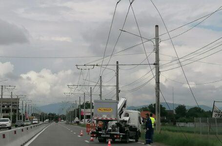 Se pune cruce rețelei electrice a Troleibuzul! A început dezafectarea! (foto-galerie)