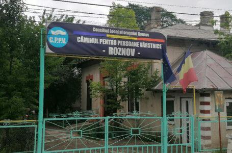 În plin focar COVID la Căminul de bătrâni Roznov, directorul și-a luat concediu pentru … campanie electorală!