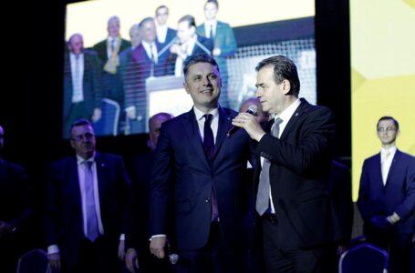 """Mugur Cozmanciuc (președinte PNL Neamț): """"În această campanie e vorba de un singur lucru: cine vrea plecarea lui Arsene de la conducerea CJ!"""""""