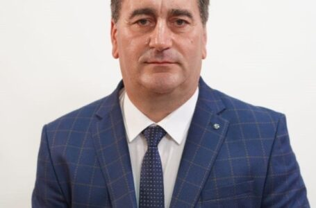Primarul de Roznov a dat milităria jos din pod