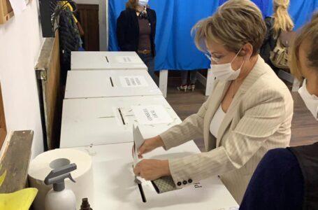 """Emilia Arcan (PRO România Neamț): """"Vă îndemn să mergeți al vot, meritați mai mult! Orice vot e important!"""""""