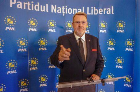 """Senatorul Eugen Țapu-Nazare (președinte interimar PNL Neamț): """"Act reparator pentru urmașii militarilor căzuți la datorie."""""""