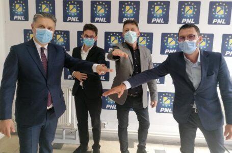 PNL-USRPLUS-PRO România – noua majoritate politică în Neamț! Declarații importante ale celor 3 lideri! (video)