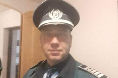 Un polițist în vârstă de 46 ani, din Neamț, a fost găsit mort în apartamentul său