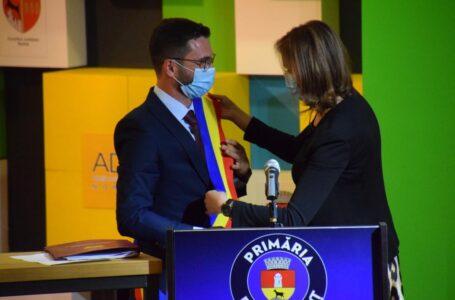 OFICIAL! Primarul Carabelea și consilierii locali din Piatra-Neamț au depus jurământul!