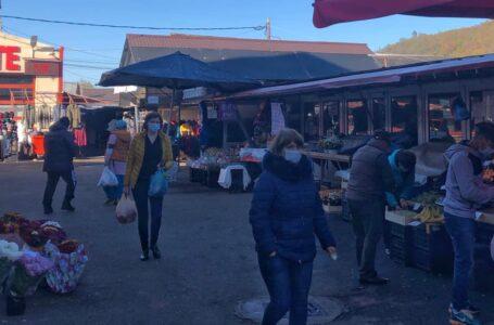 Primarul Harpa a găsit soluția să țină deschisă Piața din Târgu Neamț