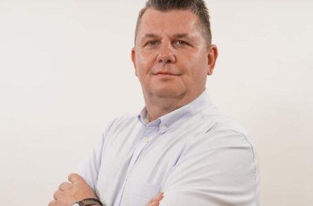 """Consilierul județean Stavarache îi ia apărarea primarului Carabelea: """"Demagogia e literă de lege la PSD!"""""""
