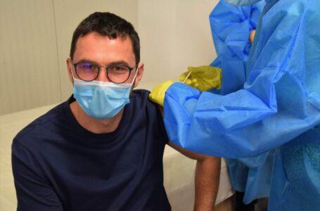 Primarul Andrei Carabelea s-a vaccinat împotriva COVID-19