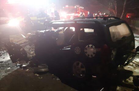 Trei victime în accidentul de la Chintinici – Roznov, cu vârste între 19 și 27 ani! Accidentul – produs de o tânără!
