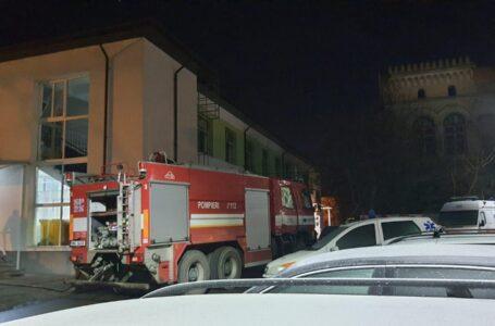 Au fost identificați suspecții care au provocat incendiul la Spitalul Roman