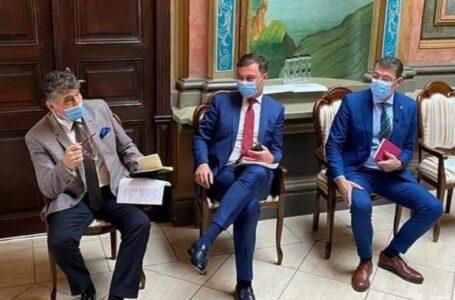 Ambasadori şi ataşaţi economic din mai multe ţări, întâlnire oficială cu autorităţile din Roman