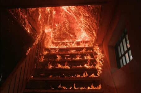 Gospodărie distrusă de un incendiu la Tupilaţi
